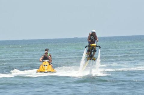 bali-jetpacks-and-water
